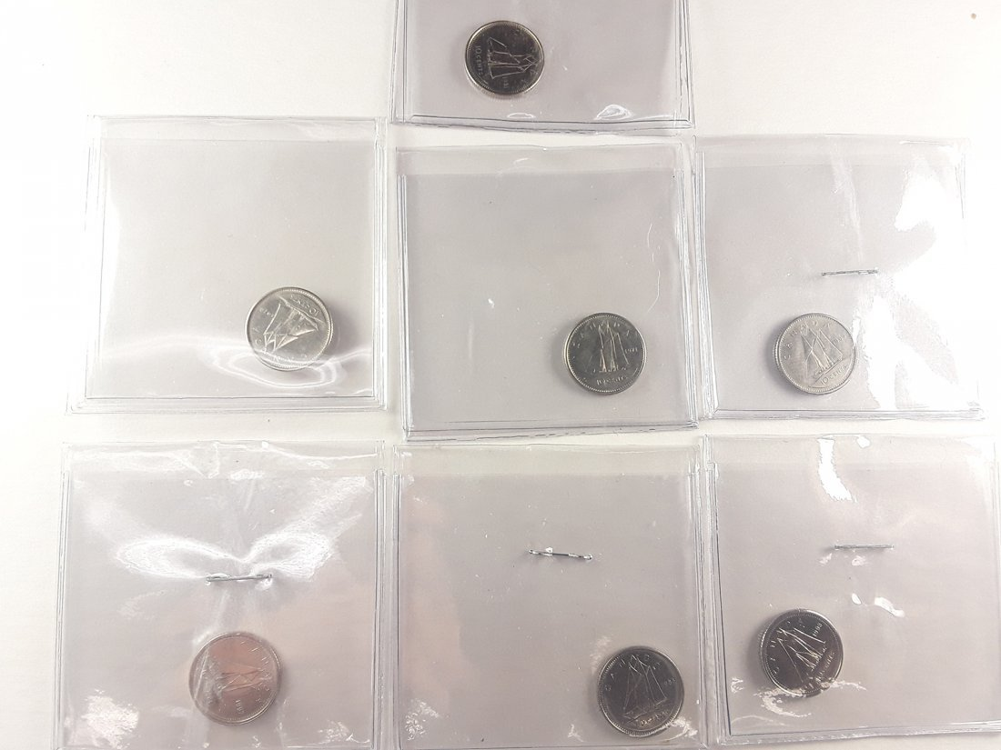 Canadian 1 Cent Coin Collection - 10