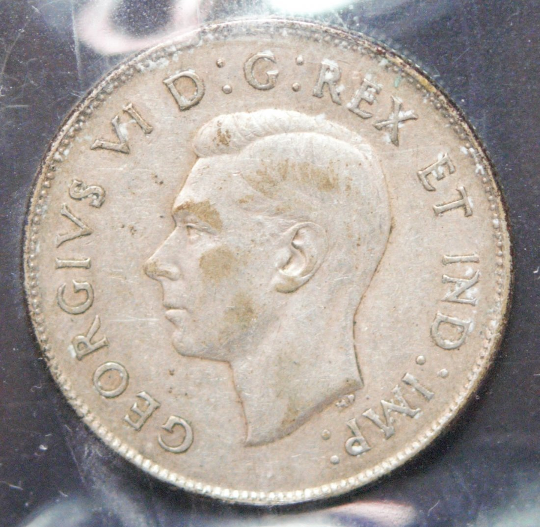 Canada 1947 50 Cent Curved Right 7 - 2