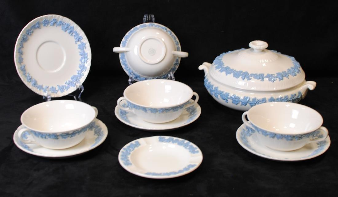 Wedgwood of Etruria & Barlaston Ferrara Blue Dish Set
