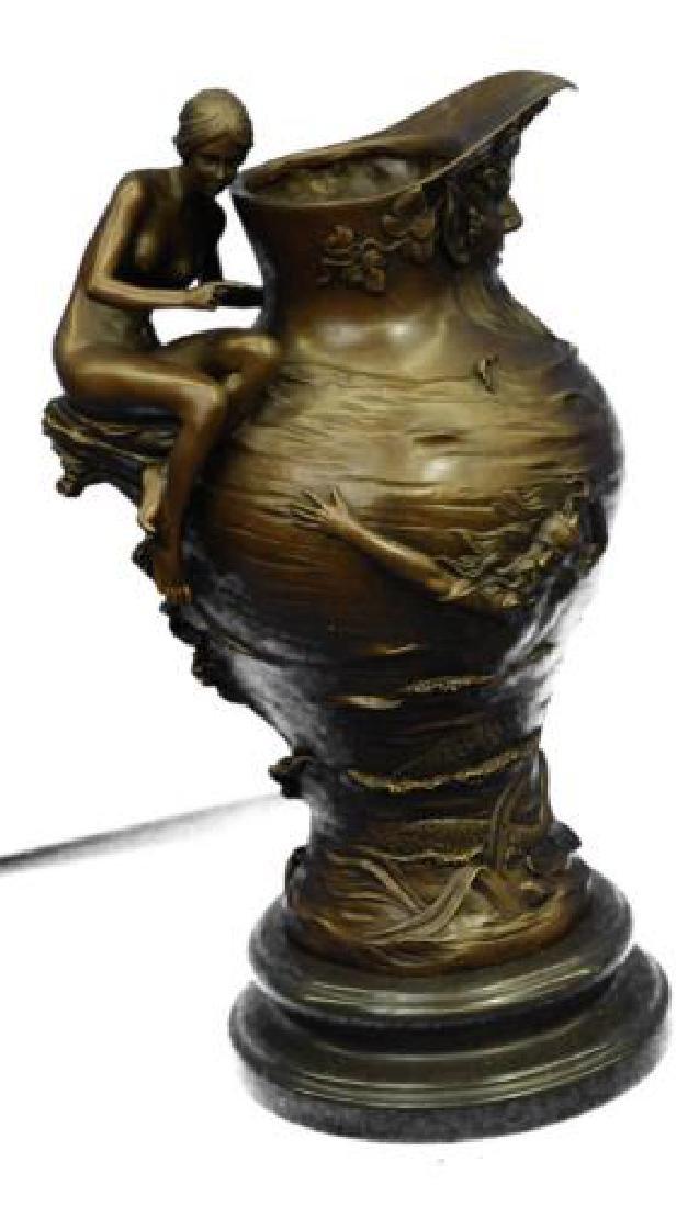 Royal Lion Griffin King Statue Fantasy Bronze Vase