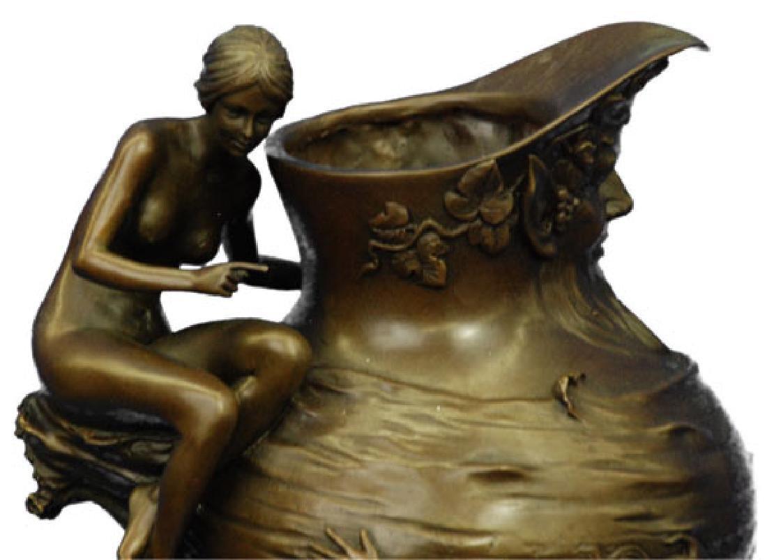 Royal Lion Griffin King Statue Fantasy Bronze Vase - 2