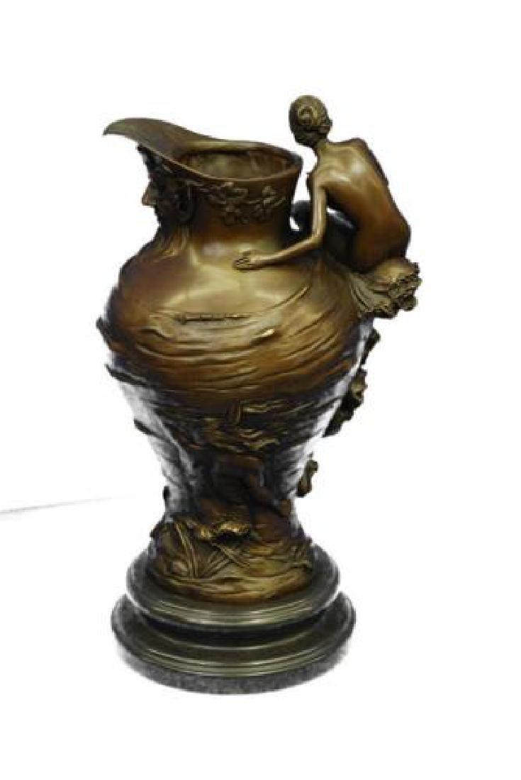 Royal Lion Griffin King Statue Fantasy Bronze Vase - 3