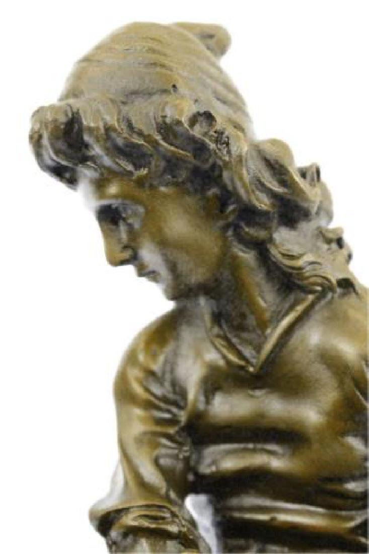 Beautiful Bronze Statue on Marble Base Sculpture - 2