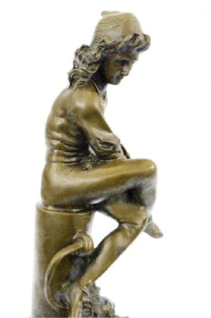 Beautiful Bronze Statue on Marble Base Sculpture - 4
