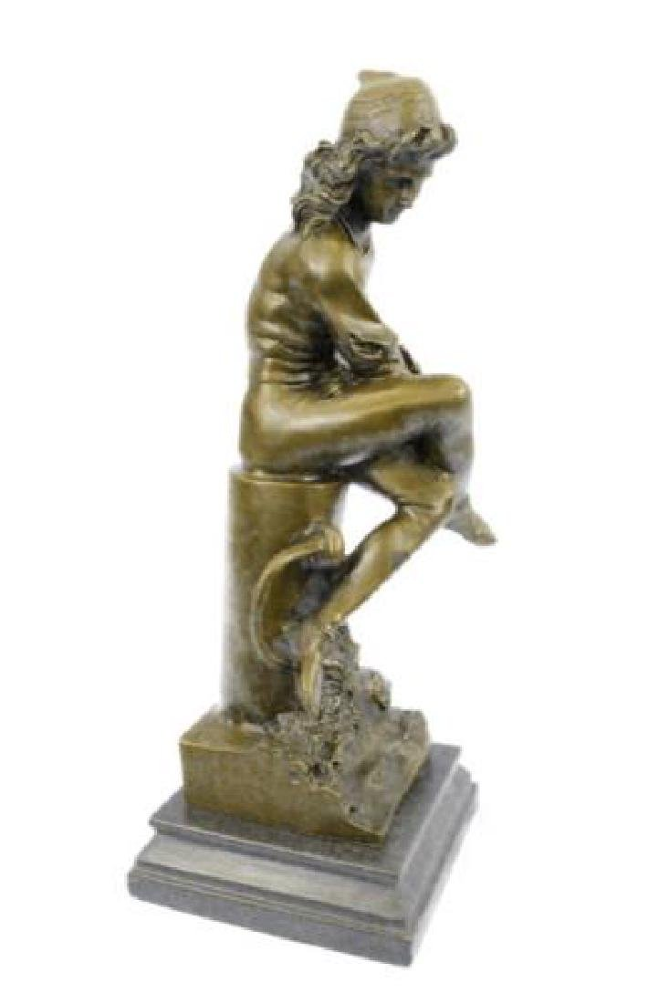 Beautiful Bronze Statue on Marble Base Sculpture - 5