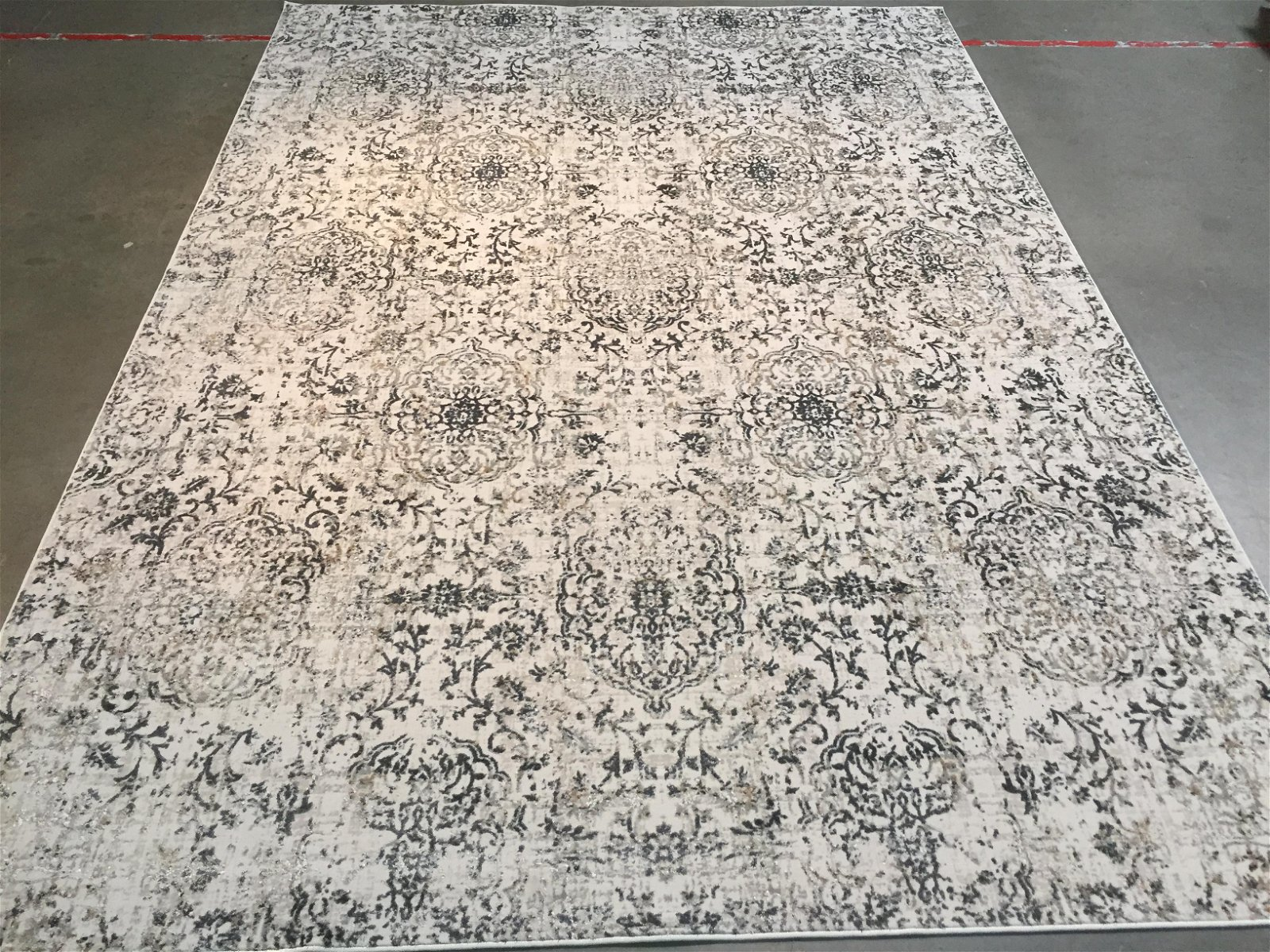 MAGNIFICENT CARVED MODERN RUG 8x11