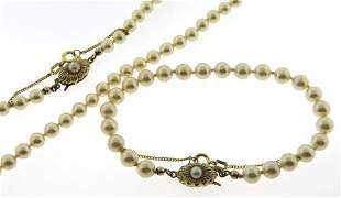 Set of Pearl Necklace with Matching Bracelet