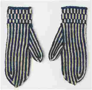 Early Wool Mittens