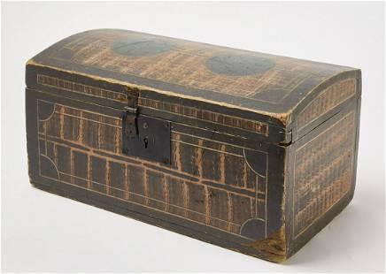 Good Paint-Decorated Box