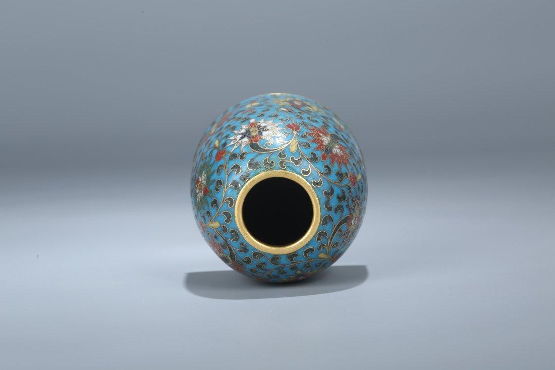 A Cloisonne Enamel Water Pot, Qing Dynasty - 4