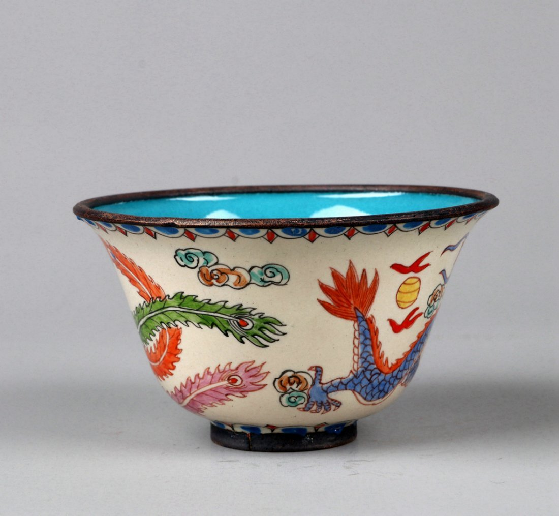 A Enamelled Copper Dragon and Phoenix Cup, Qing Dynasty - 3