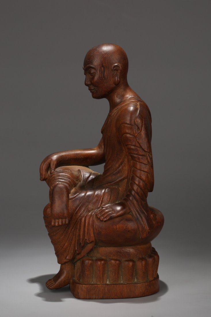 An Aloeswood  Buddha Statue, Qing Dynasty - 4
