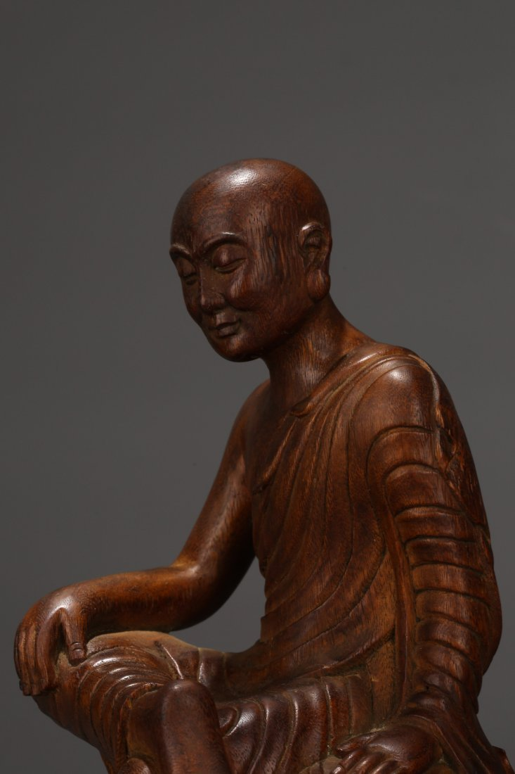 An Aloeswood  Buddha Statue, Qing Dynasty - 6