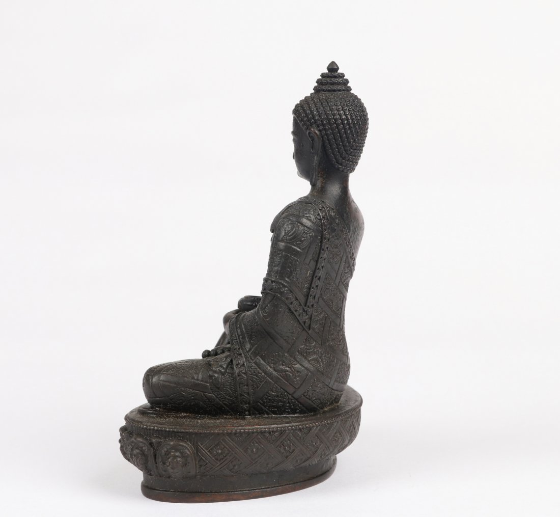 A Bronze Figure, Qing Dynasty - 6
