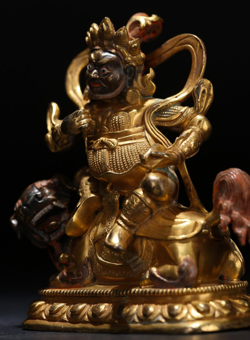 A Parcel-Gilt Bronze Figure, Qing Dynasty - 9