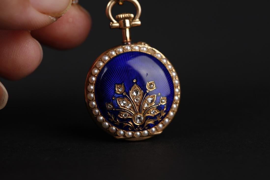 A 18KT GOLD POCKET WATCH, 18T CENTURY - 10