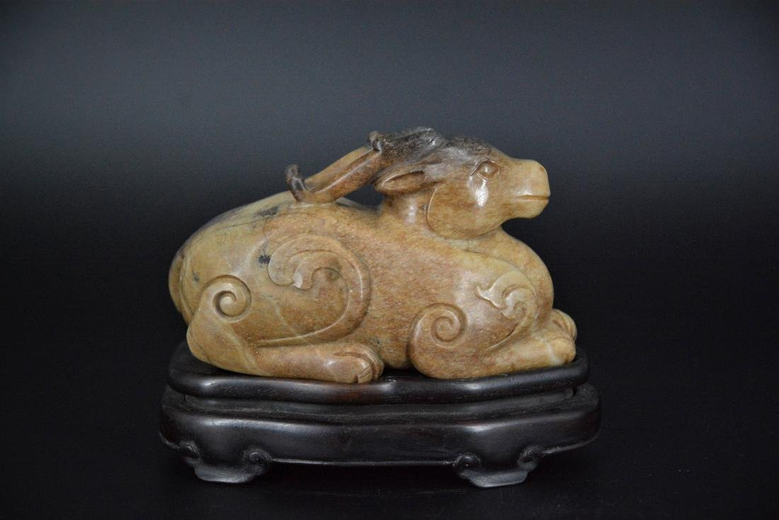 A CHINESE CARVED JADE MYTHICAL BEAST, QING DYNASTY - 3