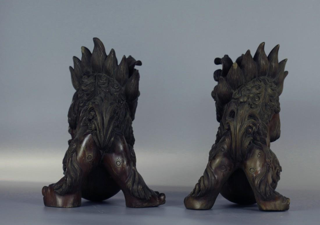 A pair of Wood Lion Sculpture - 6
