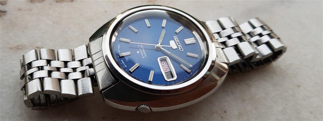 Gentleman's 1970's Seiko 5 Big Blue Dial 21 Jewels
