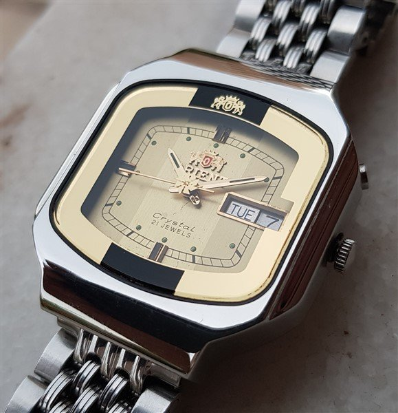Very Rare All Original Vintage Orient Crystal