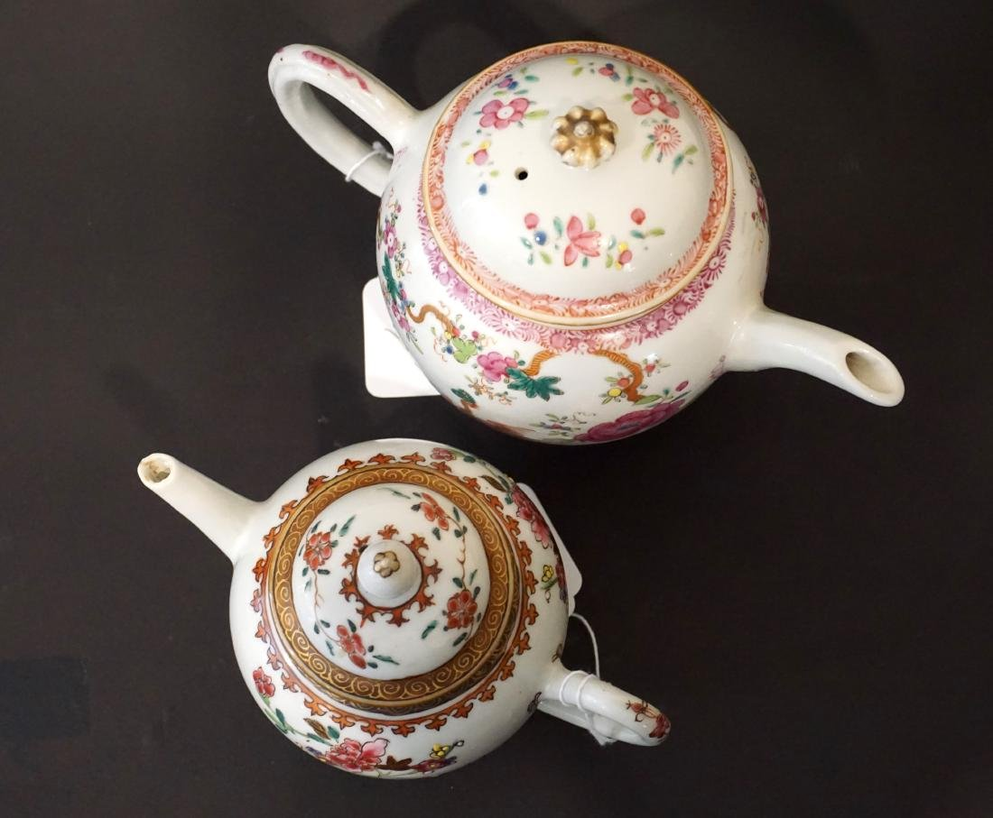 Two Chinese Export Famille Rose Teapots - 3