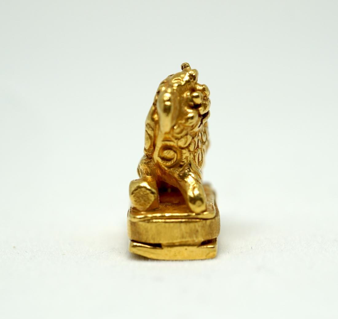 A Solid 22K Golden Lion Seal - 4