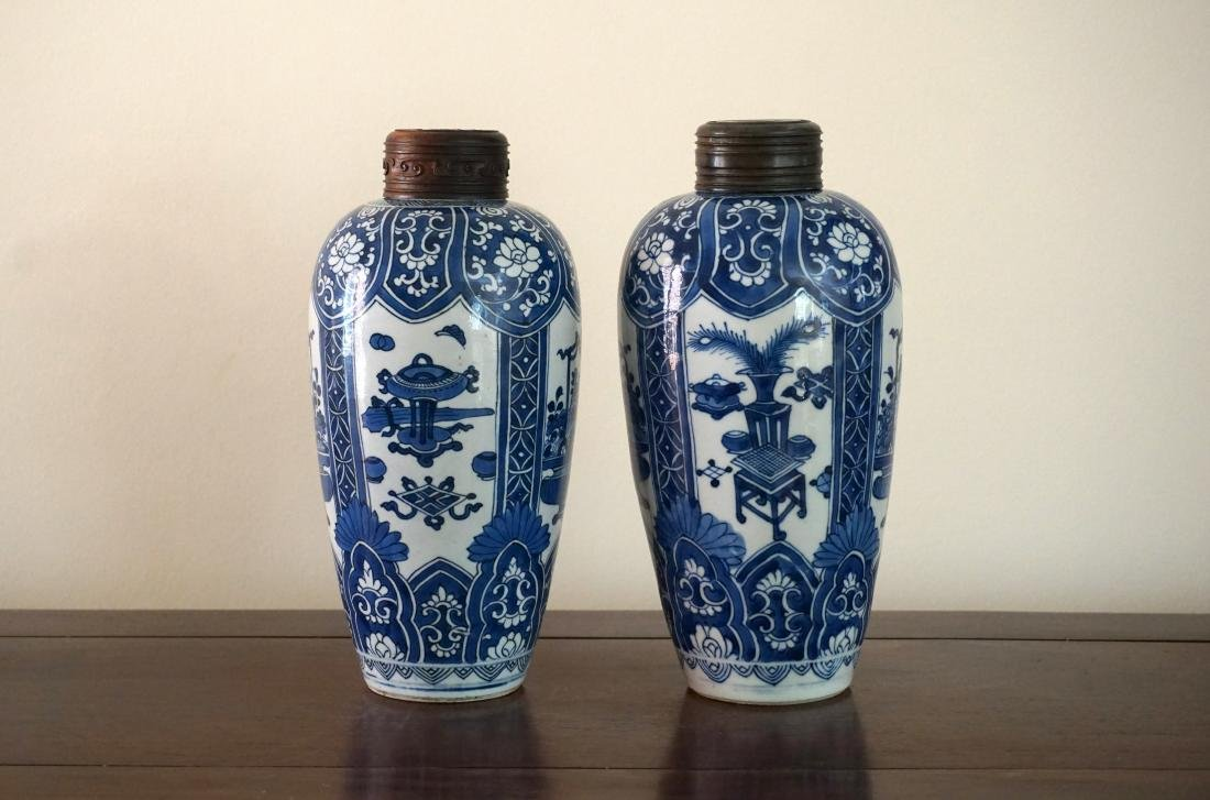 A Pair of Kangxi Period  Export Blue and White Jars