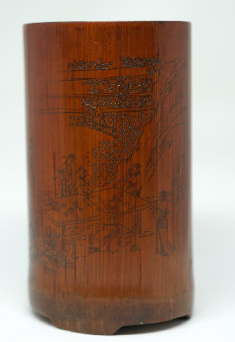 An Important wood Brush Holder, carved by Master Du - 4