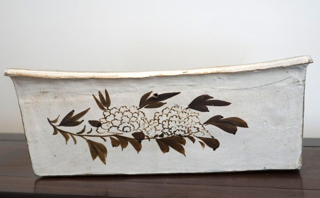 A Large Chinese Cizhou Pillow - 2