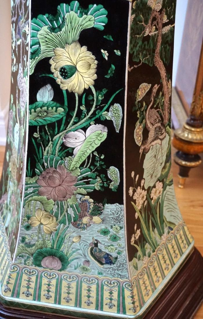 An Extremely Large, Museum Piece, Familie Verte Vase - 4