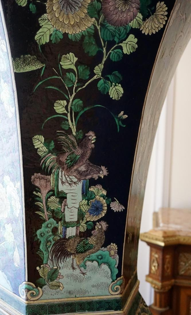 An Extremely Large, Museum Piece, Familie Verte Vase - 6