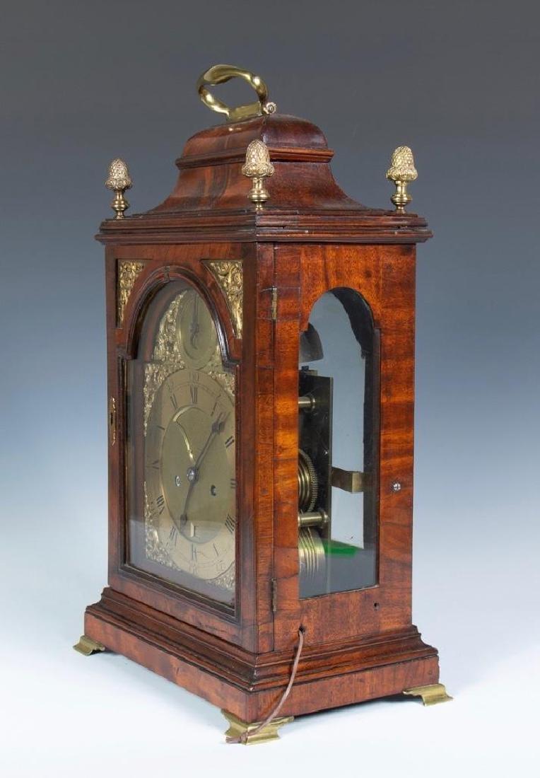 Mahogany English bracket clock made by John Brockbank - 3