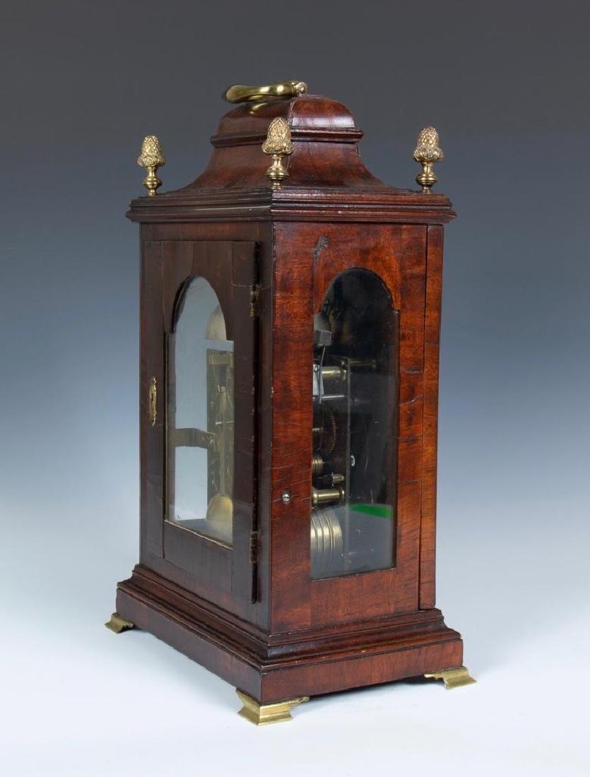 Mahogany English bracket clock made by John Brockbank - 4