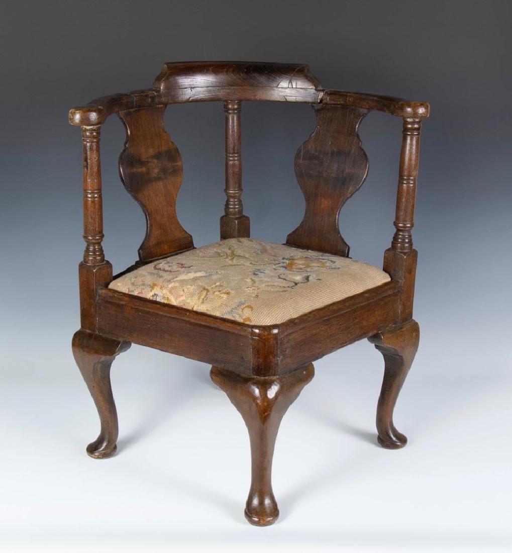 An English Queen Anne Oak  Child's Corner Chair