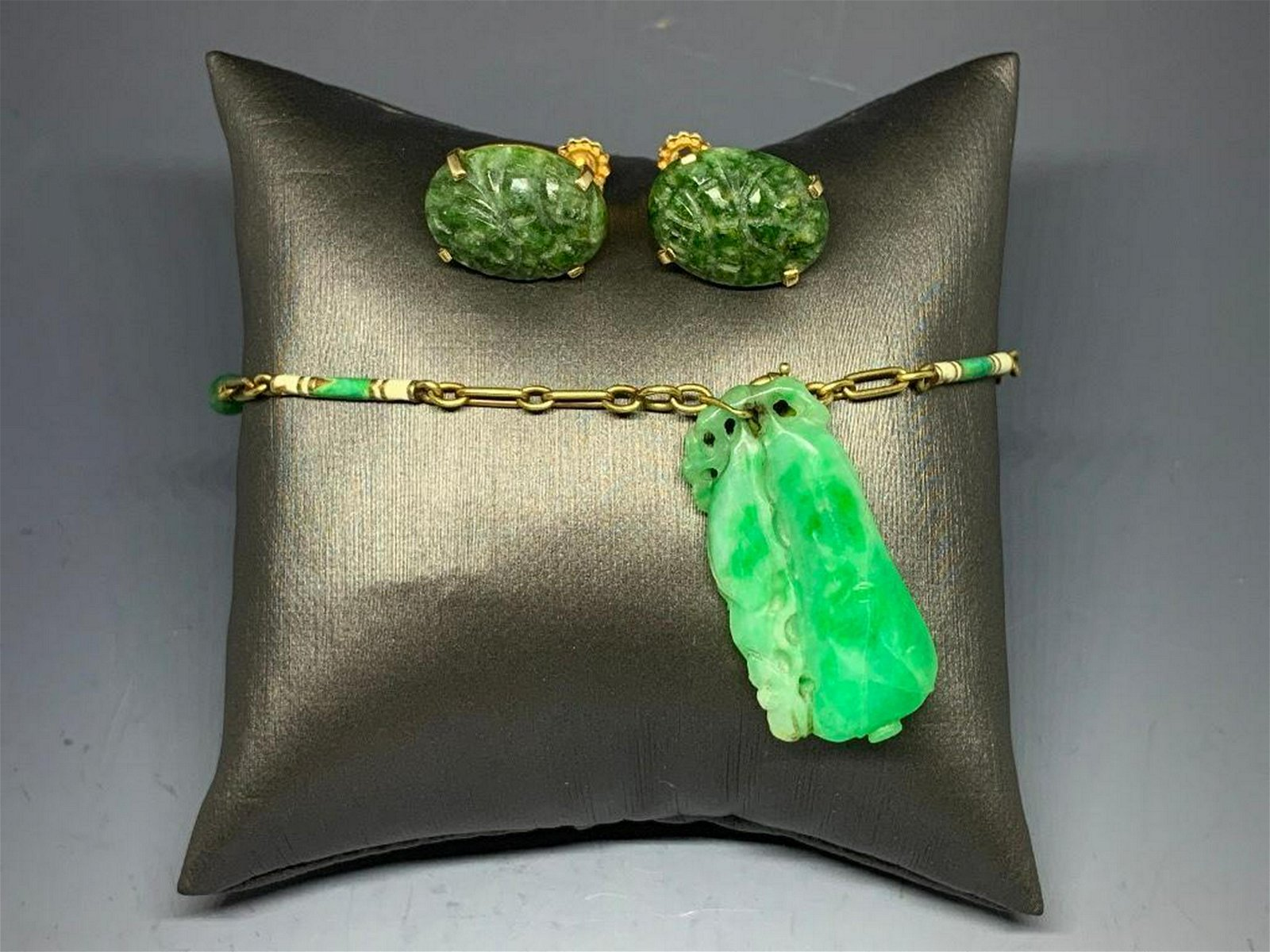 Jade and Yellow Gold Earrings and Jade Bracelet