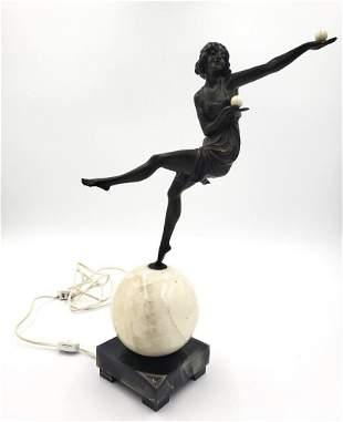 Art Deco Ball Girl Lamp