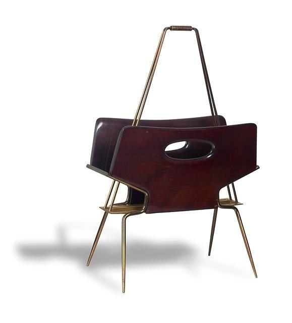 17: Neswpaper Stand, Magazine Rack C1950s.