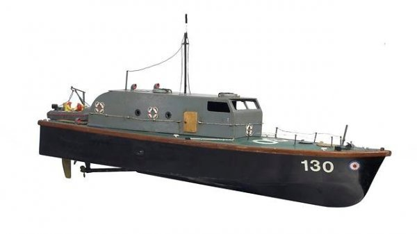 18: Navy Boat Modael With Gas Powered Engine C1950s.