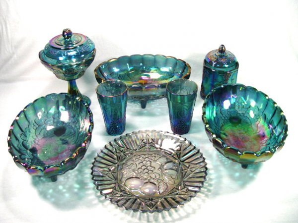 17: Carnival Glass Group of 8 Items.