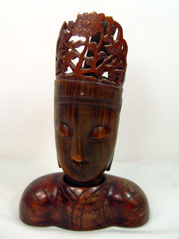 18: Antique Rhinoserous Horn Oriental Carving.