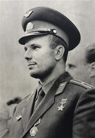 Gagarin in Prague 1961 First edition czech book Space