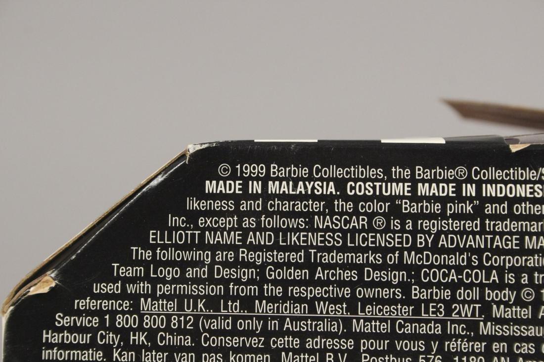 1999 McDonald Nascar Barbie Collectors Edition - 4