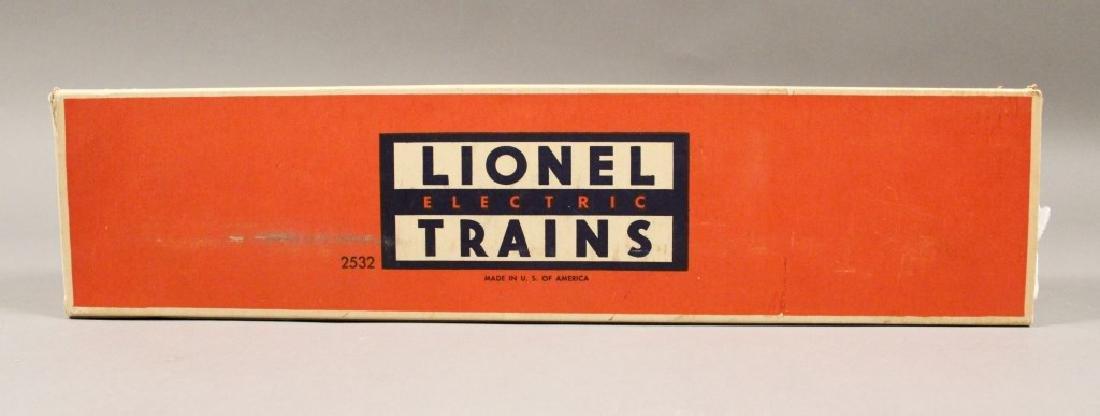 Lionel O Scale No. 2532 Illuminated Astra-Dome Car - 2