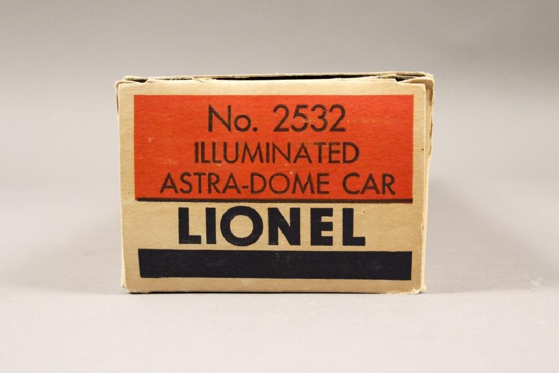 Lionel O Scale No. 2532 Illuminated Astra-Dome Car - 3