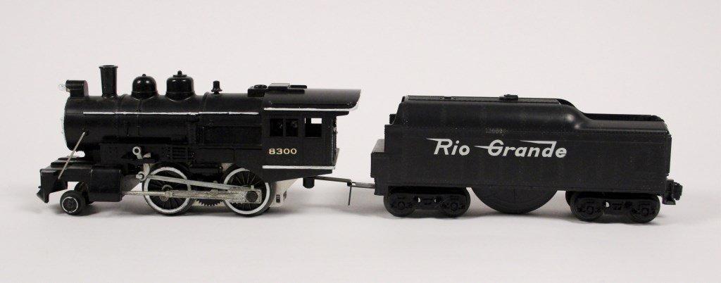 3 Vintage Lionel Locomotives & Tenders - 9