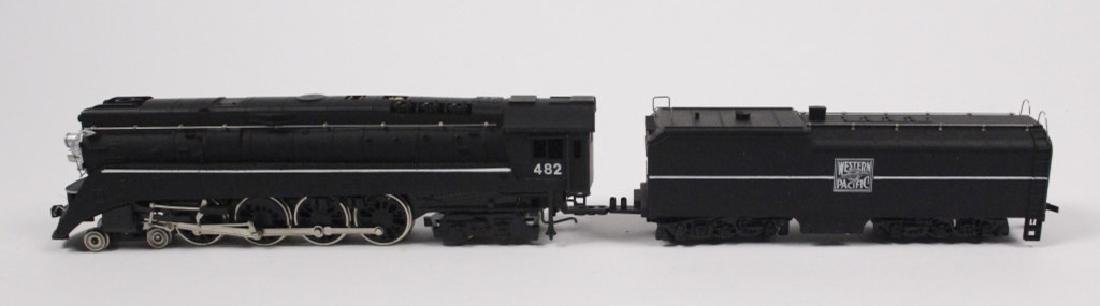 Lionel HO Northern WP 4-8-4 Loco & Tender - 2
