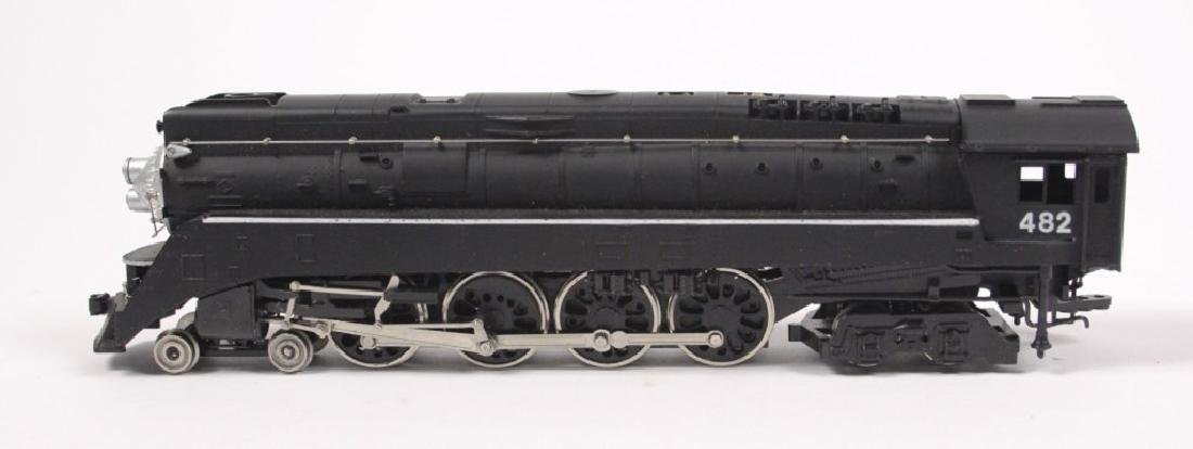Lionel HO Northern WP 4-8-4 Loco & Tender - 5