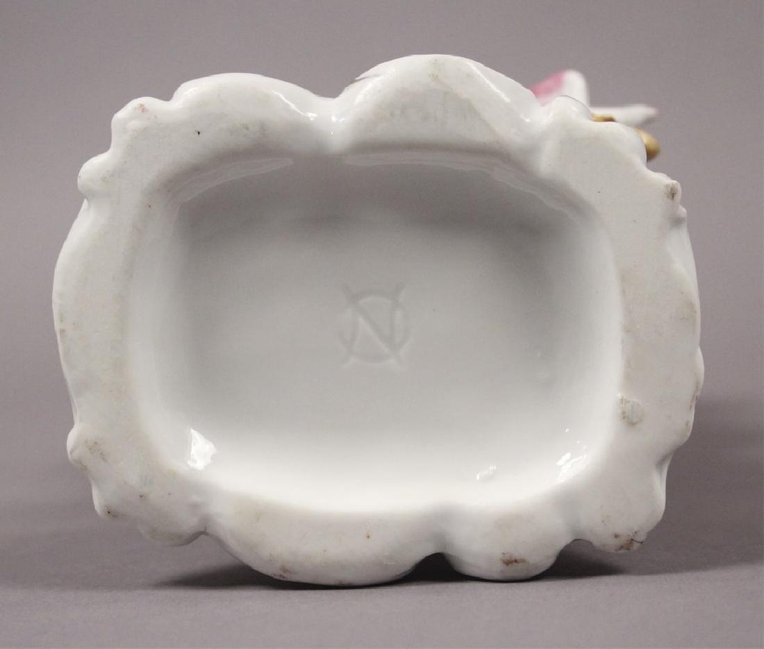 Camille Naudot Porcelain Capodimonte Cherub Vase - 5