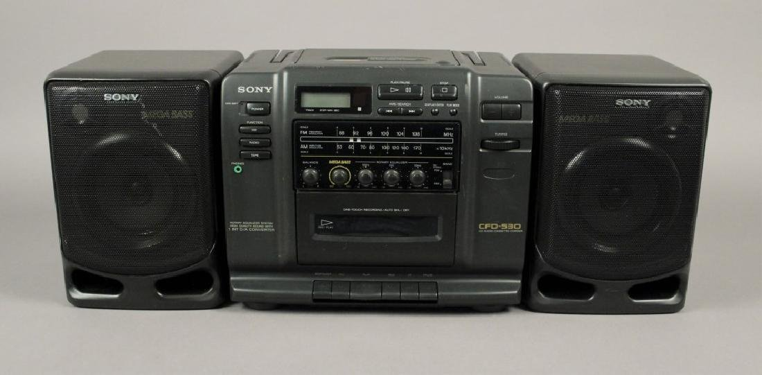 Sony CFD - 530 Portable - CD - Cassette Stereo