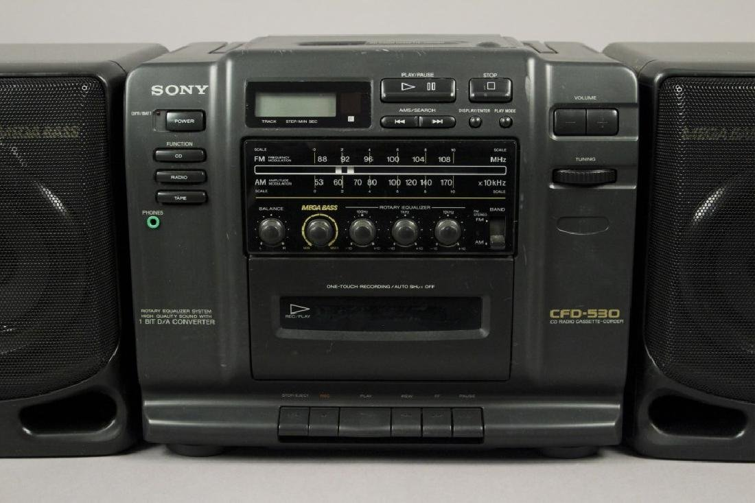 Sony CFD - 530 Portable - CD - Cassette Stereo - 2